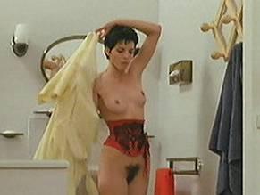 Élisabeth Bourgine  nackt