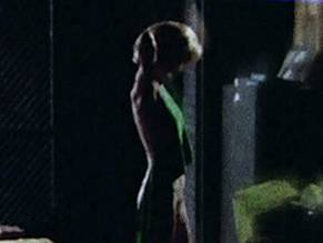 Elizabeth macrae naked
