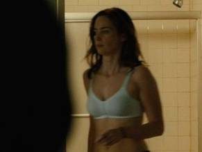Emily blunt in arthur newman - 1 part 7