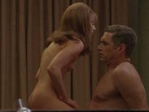 emmily kinney nackt
