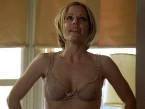 Stars Emma Caufield Naked Jpg