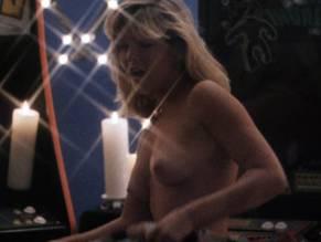 Erin Halligan  nackt