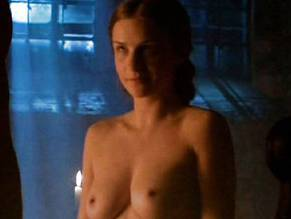 the white queen naked