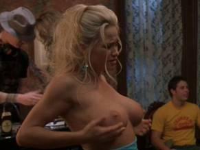 Amy dumas lita nude