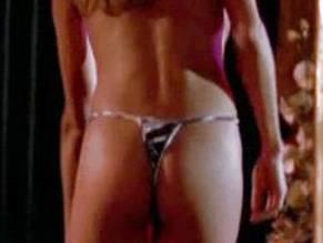 Gering nackt Jenna  Hayley Orrantia