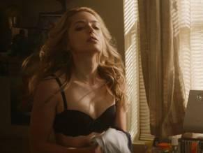Rothe naked jessica Jessica Rothe