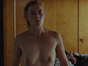 naked reader winslet Kate