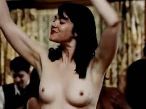 Katie Boland  nackt
