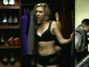 Kristen Shaw  nackt