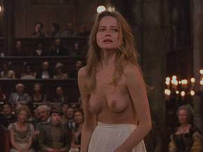 Have Nude girl from interview with the vampire