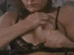 Lisa Bowman  nackt