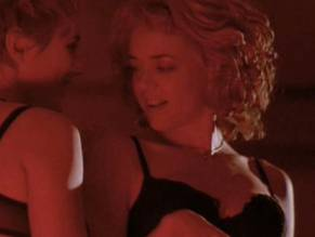9 Lisa Robin Kelly Naked Pictures - Laurie Forman Dead