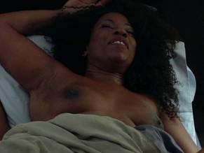 Lorraine Toussaint  nackt