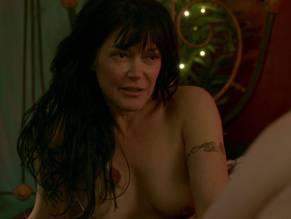 Lynda Boyd  nackt