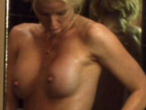 Maeve quinlan hot lesbian sex videos — photo 10