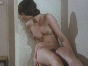 Lynley Swain  nackt