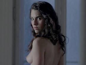 Melia Kreiling  nackt