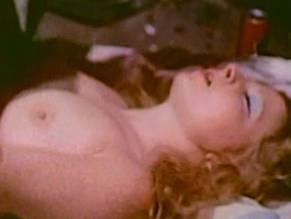 Melissa Evers  nackt