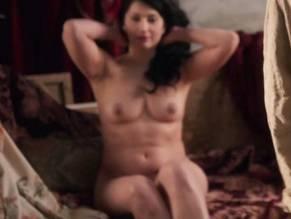 De Montmartre  nackt Mimi Suzanne Valadon