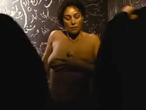 Monica bellucci dirty nude — img 1