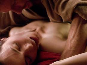 Montserrat Lombard  nackt