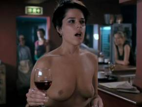 Naked pictures of neve campbell