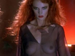 Nicole Fortier  nackt
