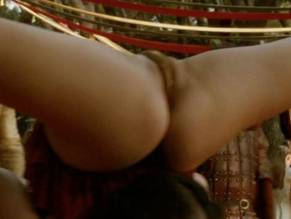 Pixie le knot nude