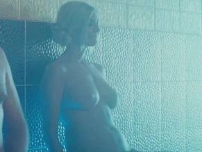 Celeb Lisa Ray Nude Gif