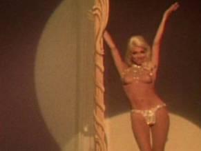 Rita Moreno  nackt