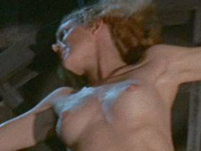 Roberta Collins  nackt