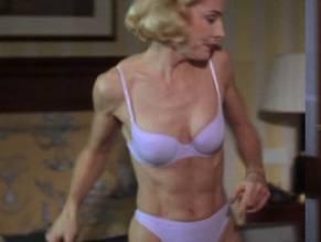 Rona Waddington  nackt
