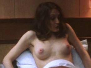 Sarah Pratt  nackt