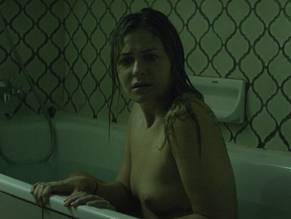 Share your Scout taylor compton nake pic you were