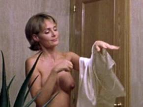 Video Silvia Marsó Nude In Amor, Curiosidad, Prozak Y Dudas (2001)