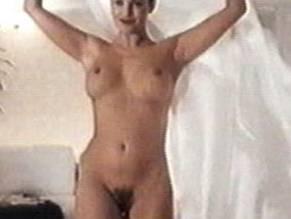 Sonja kirchberger jung nackt