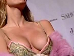 Kraus naked sonja Sonya Kraus