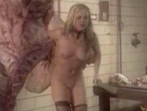 Stephani Wells  nackt