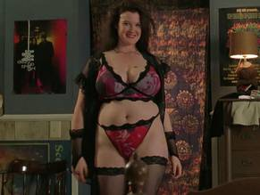 Susan Gardner  nackt