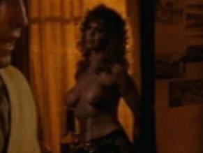 Victoria Wells  nackt