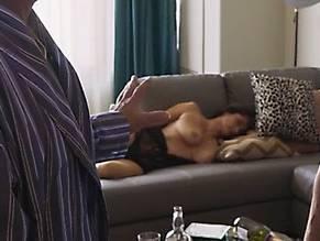 Yvette nackt Lopez Yvette