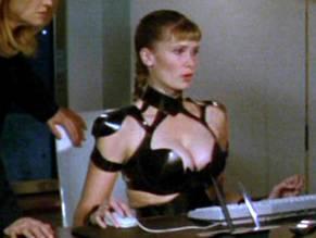Zehra Leverman  nackt