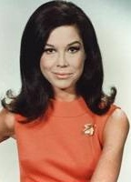 Mary Tyler Moore  nackt