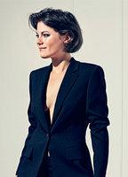 Julianne Côté  nackt