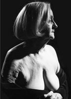 Suzanne St-Michel  nackt
