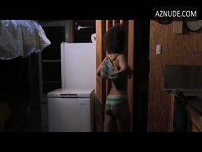 Camisha Luellen  nackt