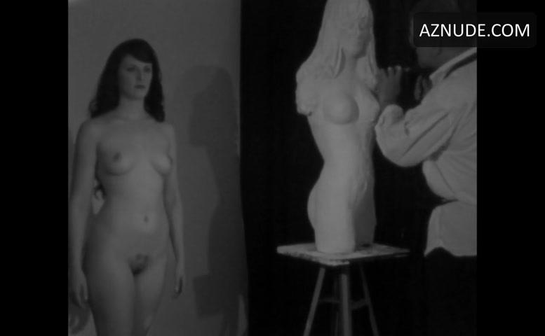 Caroline Pierce Nude 75