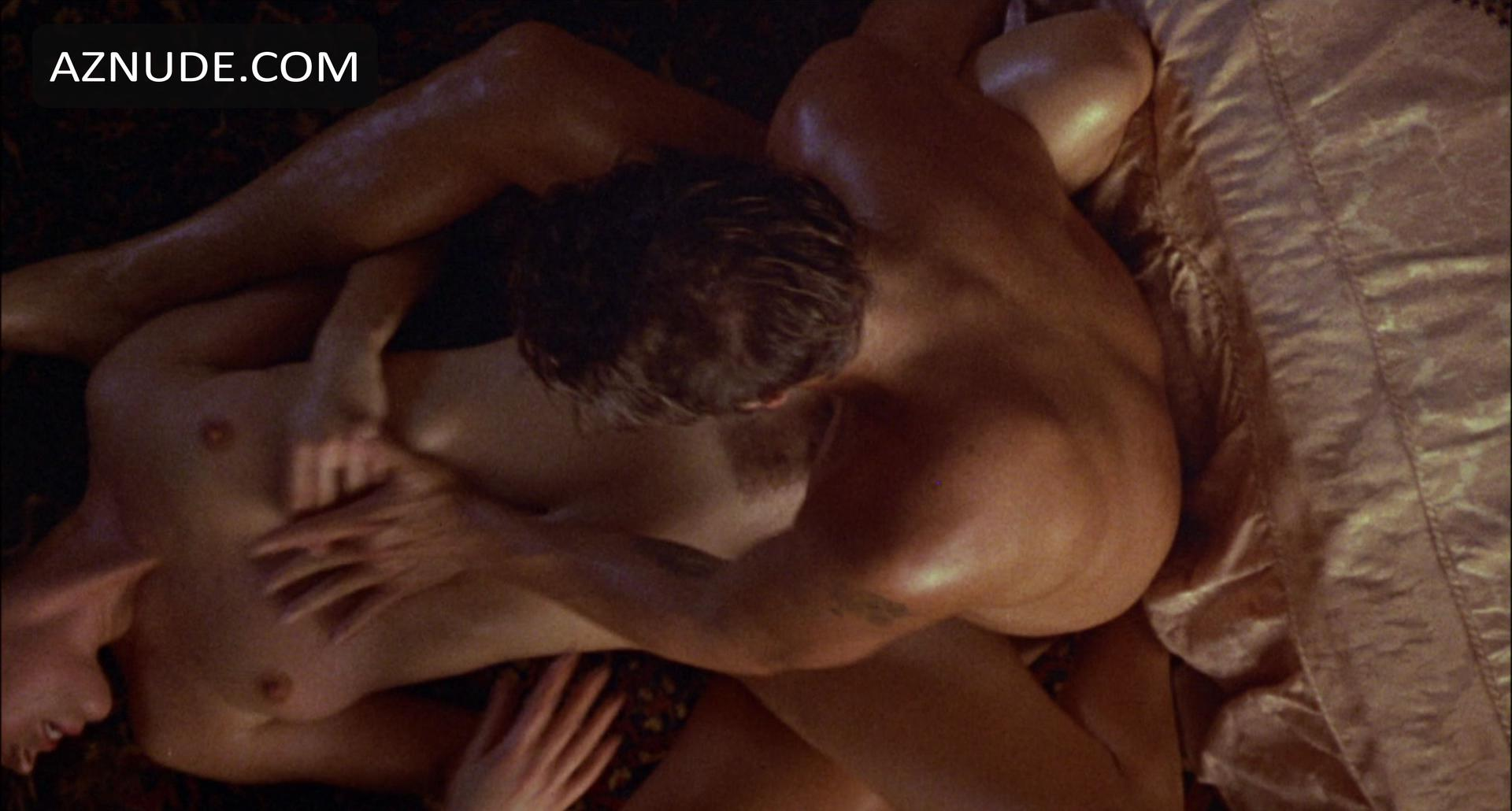 Carre otis absolutely naked scenes