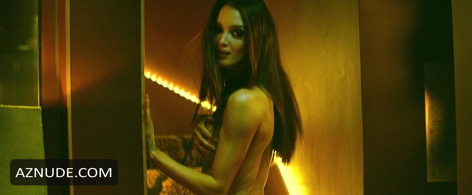 charlotte le bon nude