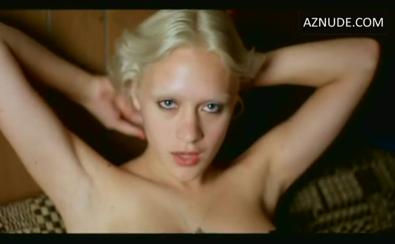 CHLOE SEVIGNY in IF THESE WALLS COULD TALK 2(2000)